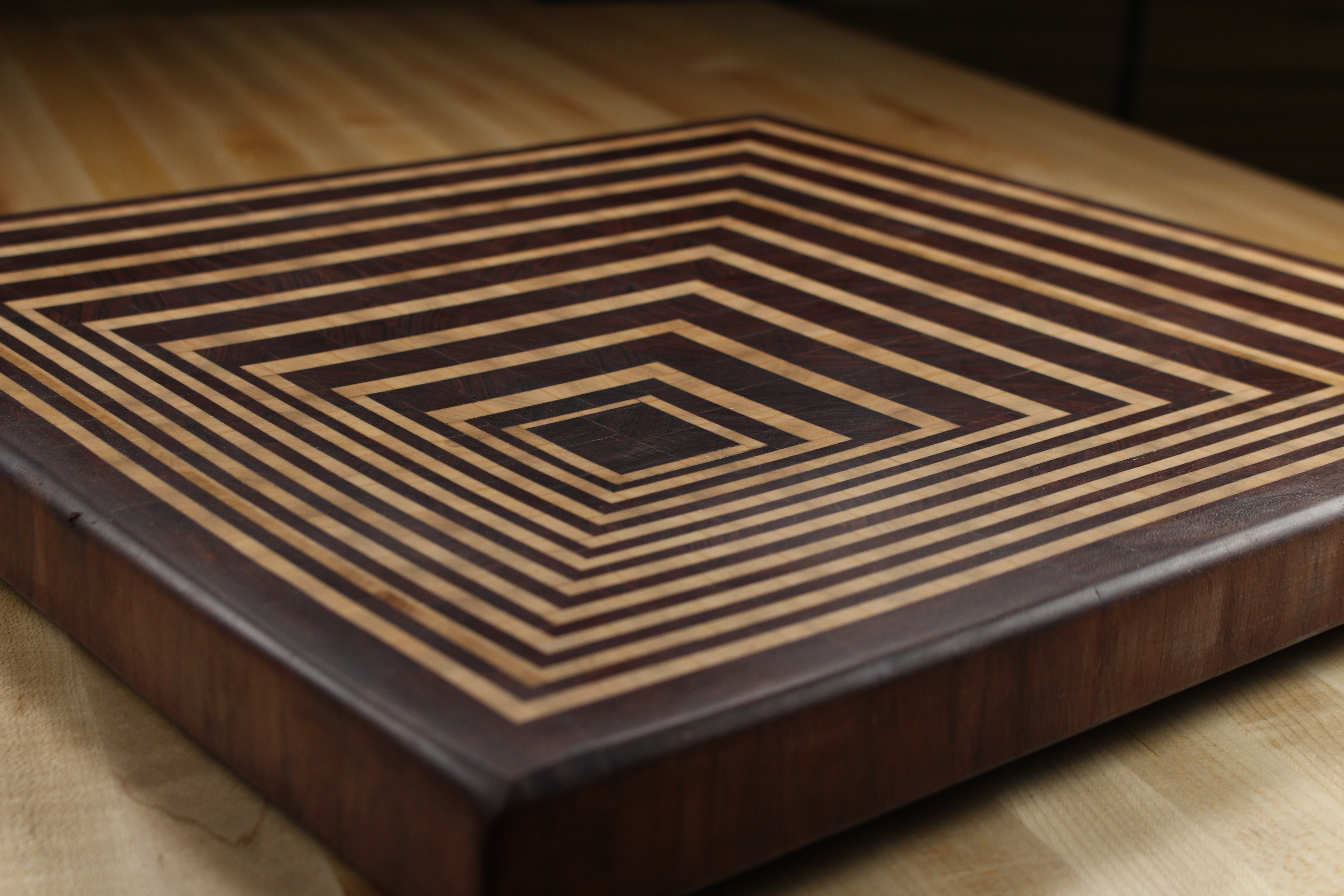 4 Simple Tricks For An Eye-Catching Wood Cutting Board