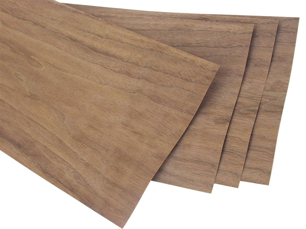 "Walnut Veneer Pack 7 sq. ft.: 4 pcs, 8"" x 32"""